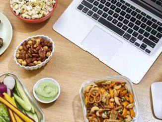 Tips for Eating Healthy When You're Working From Home